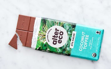 Organic Dark Coconut Toffee Chocolate Bar (47%)