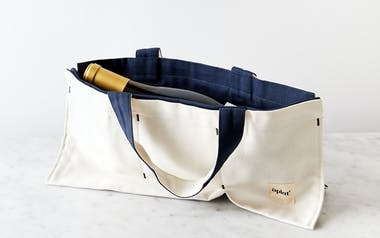 Single Bottle Wine and Picnic Tote - Blackberry