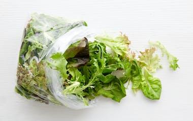 Pre-Washed Aquaponic Salad Mix