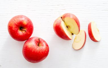 Organic Corail Apples