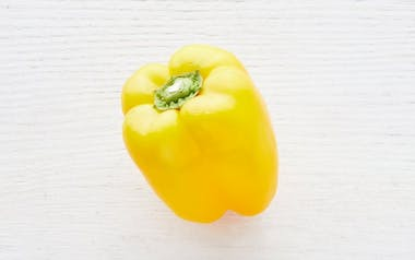 Organic & Fair Trade Large Yellow Bell Pepper (Mexico)