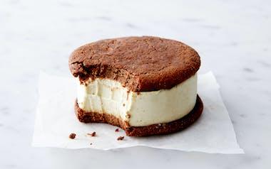 Organic Gluten-Free & Vegan Mint Chip Ice Cream Sandwich