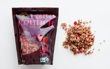 Love Crunch Dark Chocolate & Berries Granola