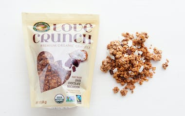 Love Crunch Dark Chocolate Macaroon Granola