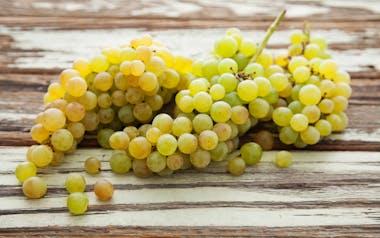 Organic Golden Thompson Seedless Grapes