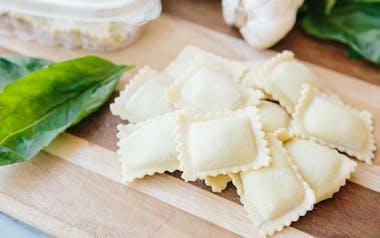 Fresh Basil Pesto & Mozzarella Ravioli