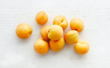Organic Brittany Gold Apricots