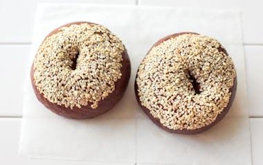 Paleo Sesame Bagels