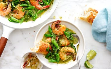 One-Skillet Shrimp with Green Curry & Peas