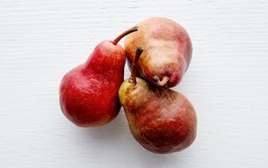 Organic & Fair Trade Red Bartlett Pear Trio (Argentina)